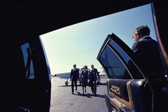Sedan For PDK Airport