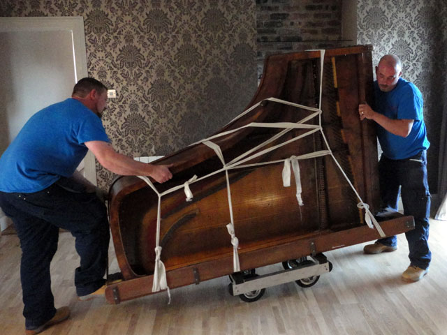 Piano Movers Riverdale MD