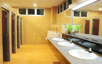 Commercial Bathroom Cleaning Beverly Hills CA